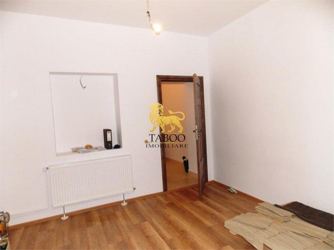 Apartament vanzare Gusterita cu 2 camere, la Parter, 1 grup sanitar, cu suprafata de 42 mp. Sibiu, zona Gusterita.
