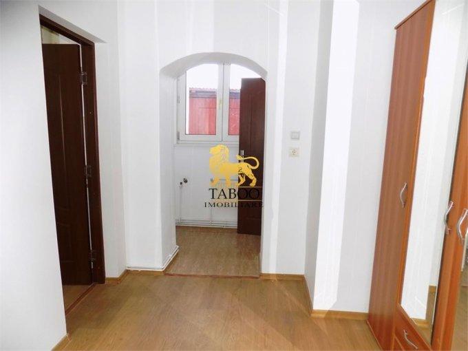 Apartament vanzare Orasul de Jos cu 2 camere, la Parter / 1, 1 grup sanitar, cu suprafata de 30 mp. Sibiu, zona Orasul de Jos.