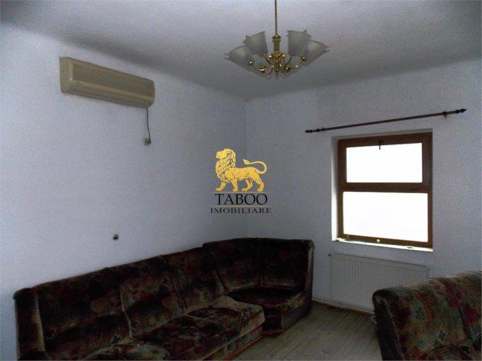 vanzare Apartament Sibiu cu 2 camere, cu 1 grup sanitar, suprafata utila 73 mp. Pret: 43.000 euro.