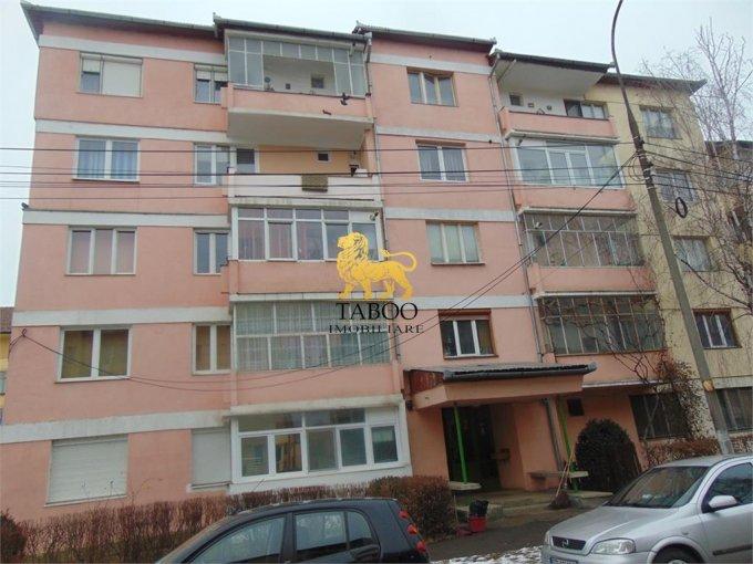 vanzare Apartament Sibiu cu 2 camere, cu 1 grup sanitar, suprafata utila 42 mp. Pret: 34.900 euro.