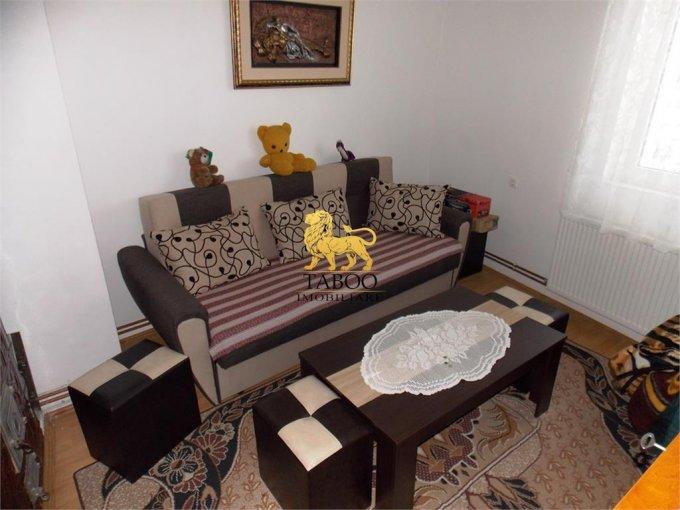 Apartament de vanzare direct de la agentie imobiliara, in Sibiu, in zona Orasul de Jos, cu 39.000 euro. 1 grup sanitar, suprafata utila 42 mp.