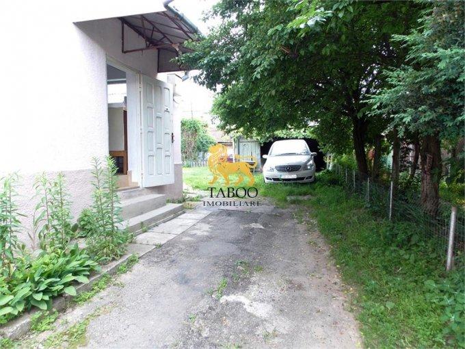 vanzare Apartament Sibiu cu 2 camere, cu 1 grup sanitar, suprafata utila 43 mp. Pret: 35.500 euro.