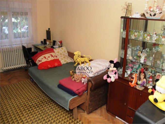 Apartament de vanzare in Sibiu cu 2 camere, cu 1 grup sanitar, suprafata utila 43 mp. Pret: 50.000 euro.