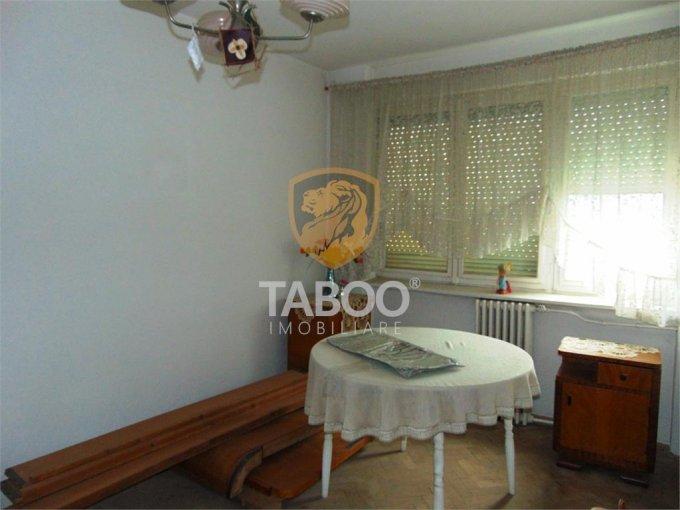 vanzare Apartament Cisnadie cu 2 camere, cu 1 grup sanitar, suprafata utila 45 mp. Pret: 27.500 euro.