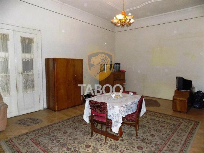 Apartament de vanzare direct de la agentie imobiliara, in Sibiu, cu 58.000 euro. 1 grup sanitar, suprafata utila 63 mp.