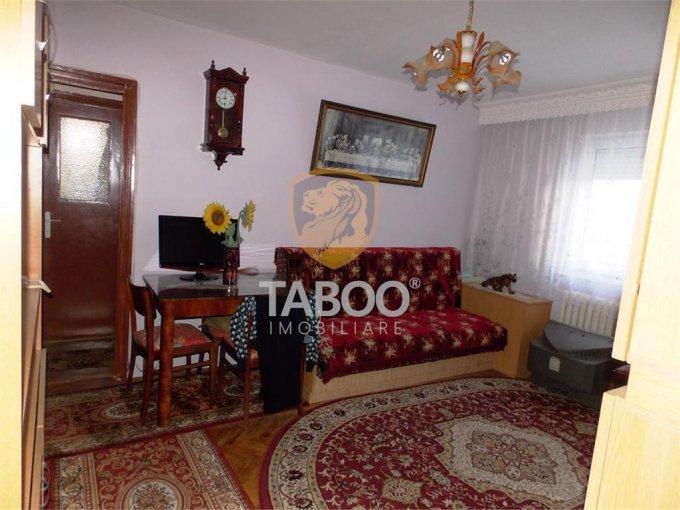 Apartament de vanzare direct de la agentie imobiliara, in Sibiu, cu 41.000 euro. 1 grup sanitar, suprafata utila 45 mp.