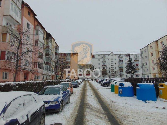 Apartament vanzare cu 2 camere, etajul 4 / 5, 1 grup sanitar, cu suprafata de 38 mp. Sibiu.