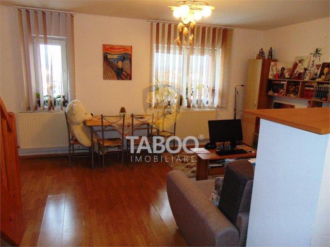 Apartament de vanzare direct de la agentie imobiliara, in Sibiu, in zona Vasile Aaron, cu 29.700 euro. 1 grup sanitar, suprafata utila 52 mp.