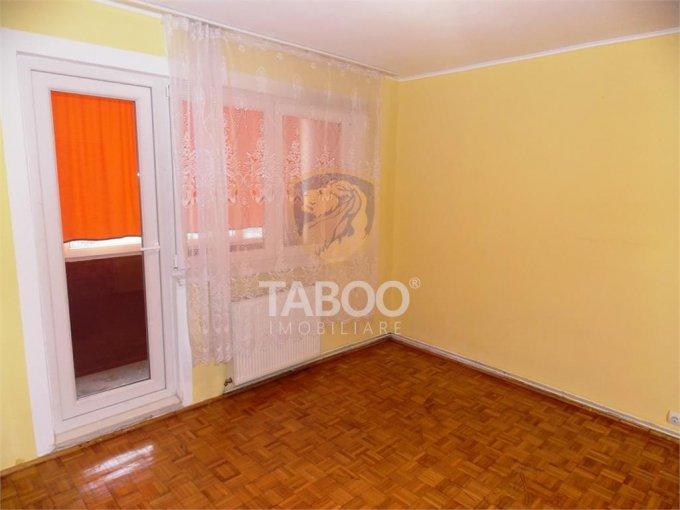 inchiriere Apartament Sibiu cu 2 camere, cu 1 grup sanitar, suprafata utila 50 mp. Pret: 220 euro.