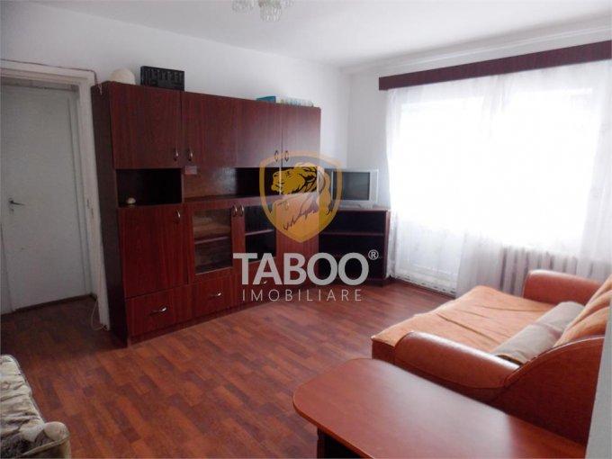 Apartament de inchiriat in Sibiu cu 2 camere, cu 1 grup sanitar, suprafata utila 50 mp. Pret: 250 euro.