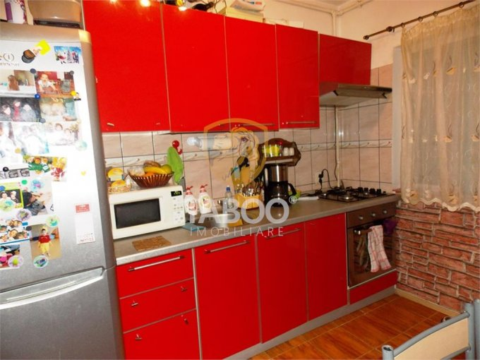 Apartament vanzare Sibiu 2 camere, suprafata utila 61 mp, 1 grup sanitar. 35.000 euro. Etajul 5 / 5. Apartament Sibiu