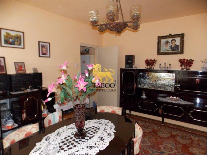vanzare Apartament Sibiu cu 2 camere, cu 1 grup sanitar, suprafata utila 35 mp. Pret: 29.000 euro.