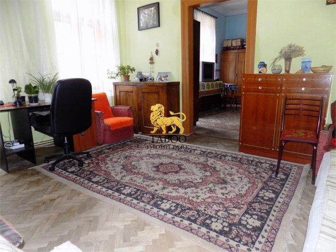 Apartament de vanzare in Sibiu cu 2 camere, cu 1 grup sanitar, suprafata utila 74 mp. Pret: 60.000 euro.