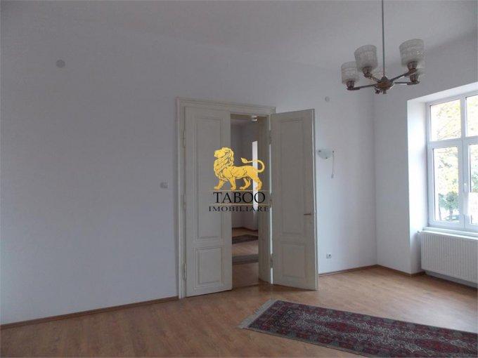 vanzare Apartament Sibiu cu 2 camere, cu 1 grup sanitar, suprafata utila 98 mp. Pret: 68.000 euro.