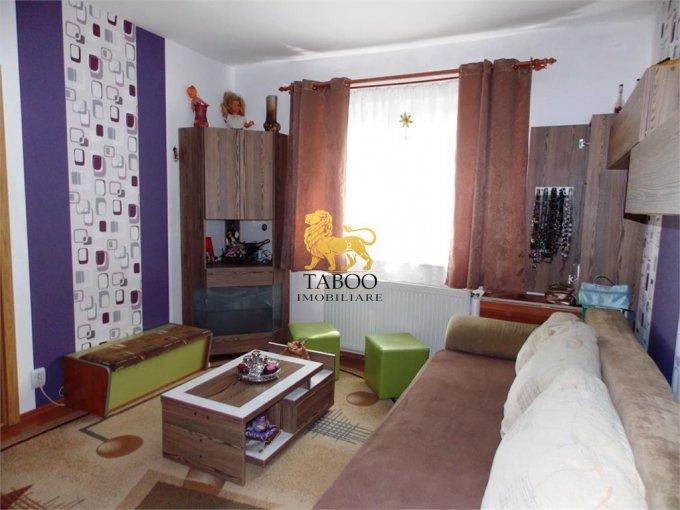 Apartament de vanzare in Sibiu cu 2 camere, cu 1 grup sanitar, suprafata utila 36 mp. Pret: 35.000 euro.