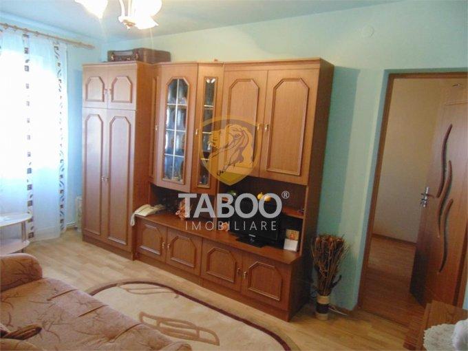 Apartament vanzare Tiglari cu 2 camere, etajul 4 / 4, 1 grup sanitar, cu suprafata de 31 mp. Sibiu, zona Tiglari.
