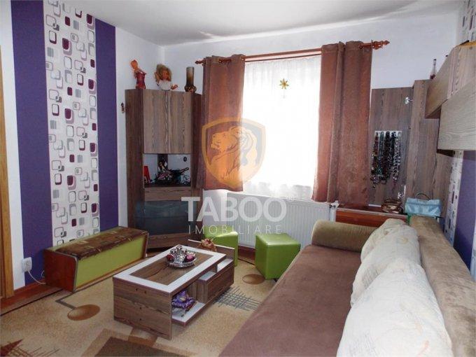 Apartament vanzare Sibiu 2 camere, suprafata utila 36 mp, 1 grup sanitar. 36.000 euro. Etajul 4 / 4. Apartament Vasile Aaron Sibiu