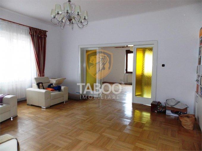 Apartament inchiriere Strand cu 2 camere, la Parter / 1, 2 grupuri sanitare, cu suprafata de 90 mp. Sibiu, zona Strand.