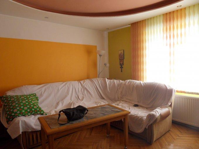 vanzare apartament cu 2 camere, decomandata, in zona Piata Cluj, orasul Sibiu