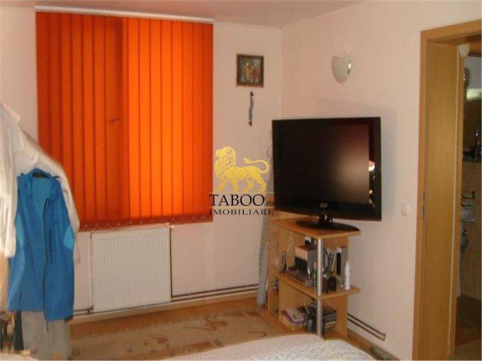 vanzare apartament decomandat, zona Cedonia, orasul Sibiu, suprafata utila 90 mp