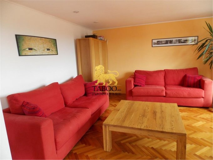 vanzare apartament decomandat, zona Stefan cel Mare, orasul Sibiu, suprafata utila 140 mp