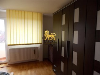 Apartament cu 3 camere de vanzare, confort 1, zona Stefan cel Mare,  Sibiu