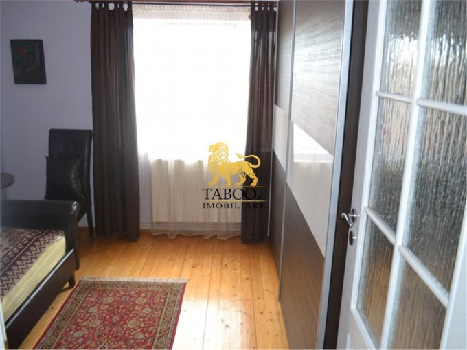 vanzare apartament cu 3 camere, decomandat, in zona Turnisor, orasul Sibiu