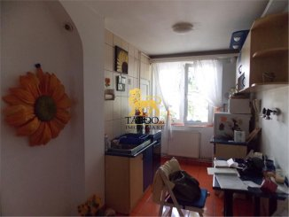 vanzare apartament semidecomandat, zona Calea Dumbravii, orasul Sibiu, suprafata utila 57 mp