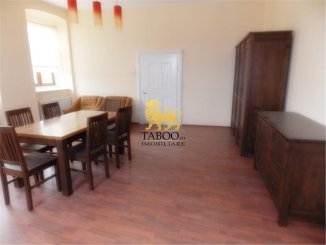 vanzare apartament cu 3 camere, semidecomandat-circular, orasul Sibiu