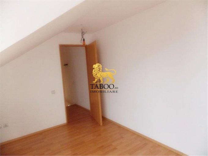 vanzare apartament decomandat, orasul Sibiu, suprafata utila 69 mp