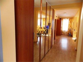 vanzare apartament cu 3 camere, decomandat, in zona Strand, orasul Sibiu