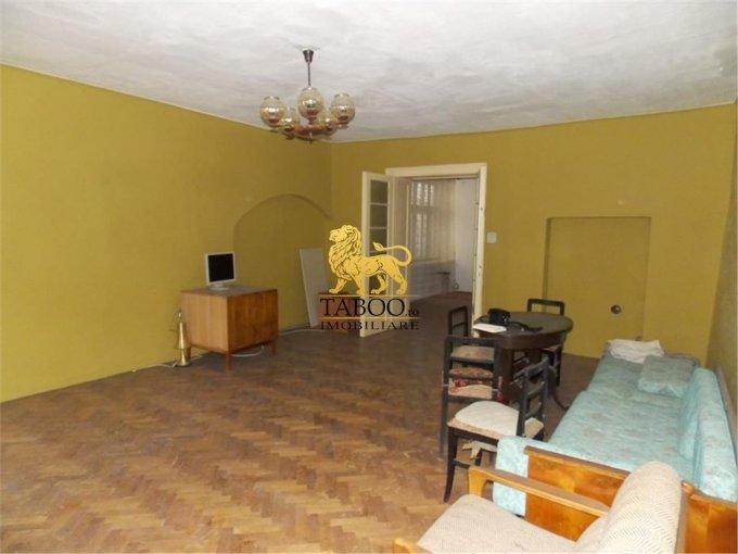 vanzare apartament semidecomandat, orasul Sibiu, suprafata utila 93 mp
