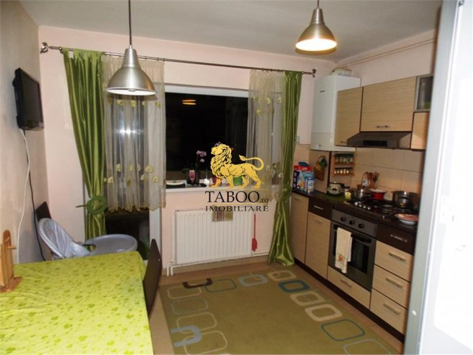 Apartament cu 3 camere de vanzare, confort 1, Selimbar Sibiu