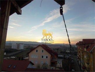 vanzare apartament cu 3 camere, decomandat, orasul Sibiu