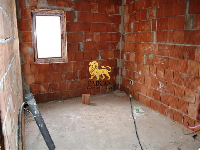 vanzare apartament decomandat, zona Calea Cisnadiei, orasul Sibiu, suprafata utila 67 mp