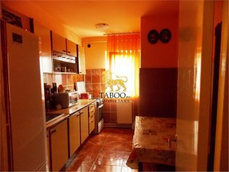 Apartament cu 3 camere de vanzare, confort 1, zona Terezian,  Sibiu