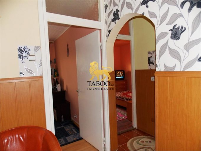 vanzare apartament decomandat, zona Terezian, orasul Sibiu, suprafata utila 60 mp
