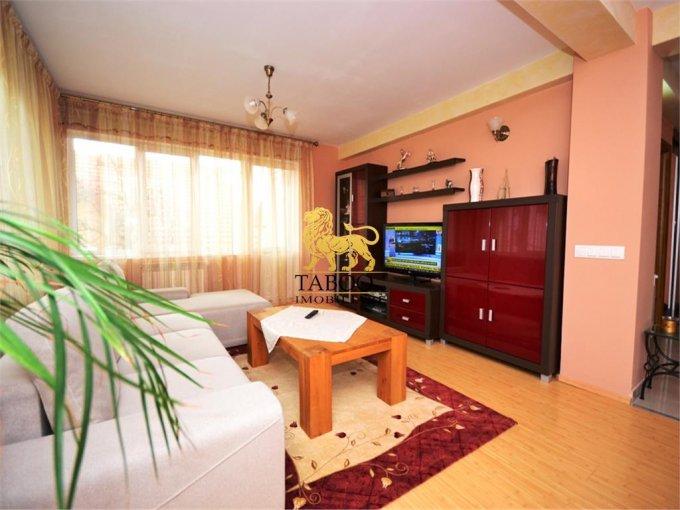 Apartament de vanzare direct de la agentie imobiliara, in Sibiu, in zona Strand, cu 105.000 euro. 2 grupuri sanitare, suprafata utila 109 mp.
