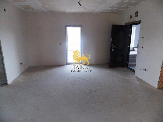 vanzare Apartament Sibiu cu 3 camere, cu 1 grup sanitar, suprafata utila 75 mp. Pret: 42.000 euro.