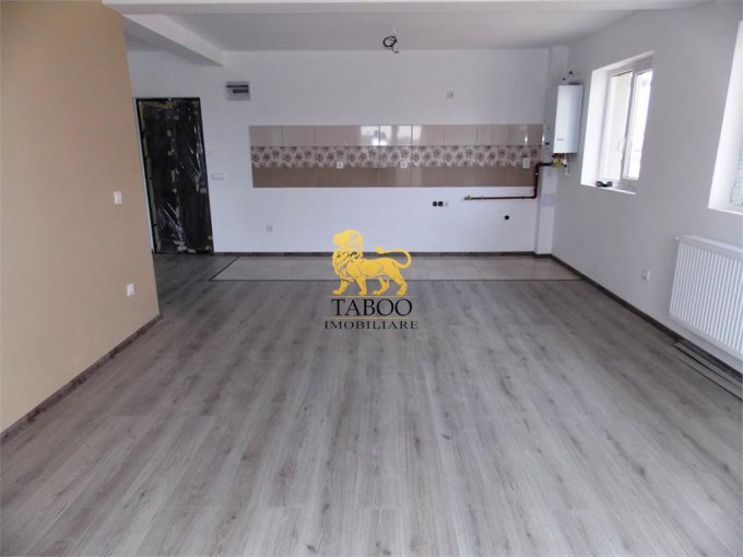 Apartament vanzare Ciresica cu 3 camere, la Parter / 2, 2 grupuri sanitare, cu suprafata de 75 mp. Sibiu, zona Ciresica.
