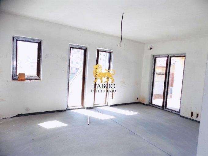 Apartament de vanzare in Sibiu cu 3 camere, cu 1 grup sanitar, suprafata utila 64 mp. Pret: 49.900 euro.
