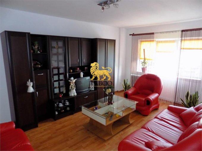 Apartament vanzare Sibiu 3 camere, suprafata utila 67 mp, 2 grupuri sanitare. 55.000 euro. Etajul 4 / 5. Apartament Ciresica Sibiu