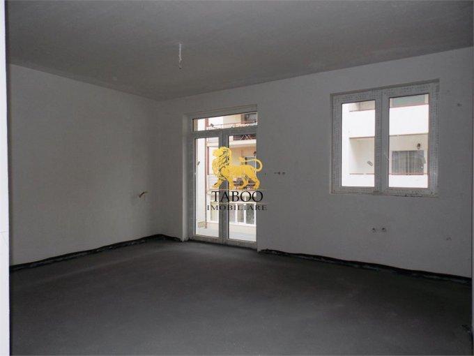 Apartament vanzare Sibiu 3 camere, suprafata utila 55 mp, 1 grup sanitar. 33.500 euro. Etajul 2 / 3. Apartament Selimbar Sibiu