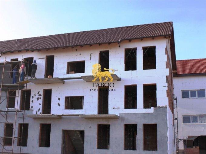 Apartament vanzare Sibiu 3 camere, suprafata utila 75 mp, 2 grupuri sanitare. 39.800 euro. Etajul 2 / 2. Apartament Calea Cisnadiei Sibiu