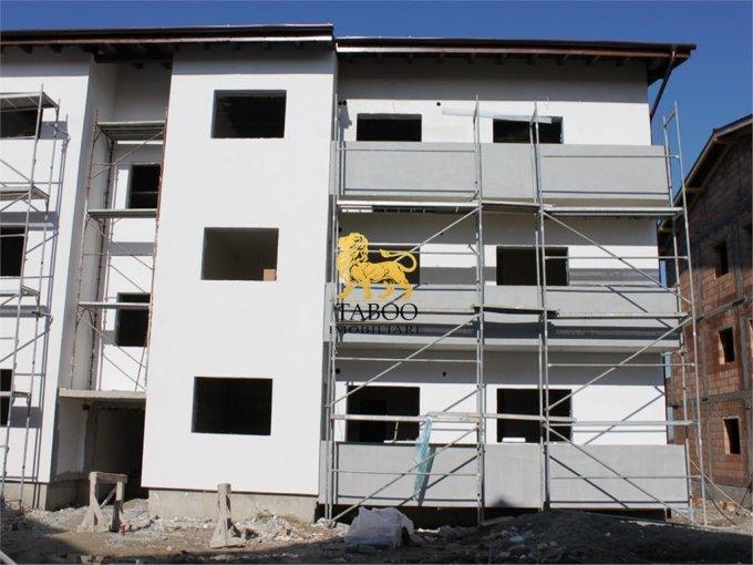 Apartament de vanzare direct de la agentie imobiliara, in Sibiu, in zona Calea Cisnadiei, cu 36.500 euro. 1 grup sanitar, suprafata utila 58 mp.