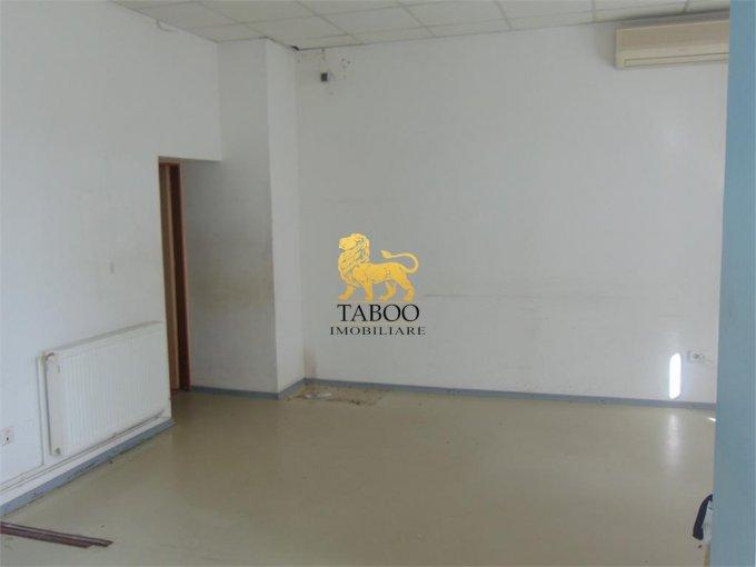 Apartament inchiriere Sibiu 3 camere, suprafata utila 83 mp, 1 grup sanitar. 900 euro. La Parter / 4. Apartament Gara Sibiu