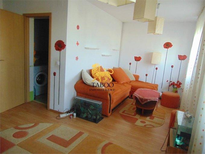 vanzare Apartament Sibiu cu 3 camere, cu 1 grup sanitar, suprafata utila 98 mp. Pret: 39.500 euro.