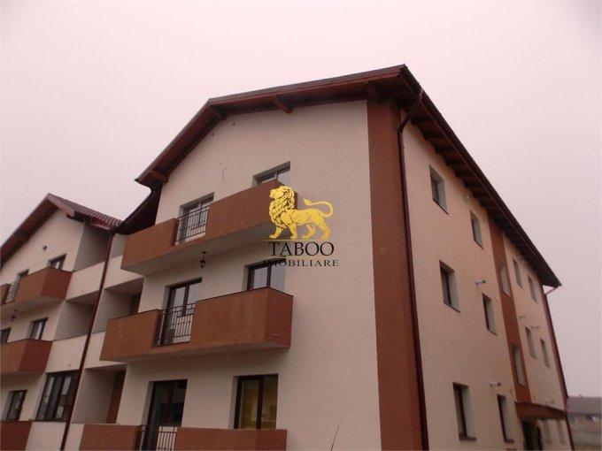 Apartament vanzare Sibiu 3 camere, suprafata utila 75 mp, 2 grupuri sanitare. 43.500 euro. Etajul 1 / 2. Apartament Calea Cisnadiei Sibiu