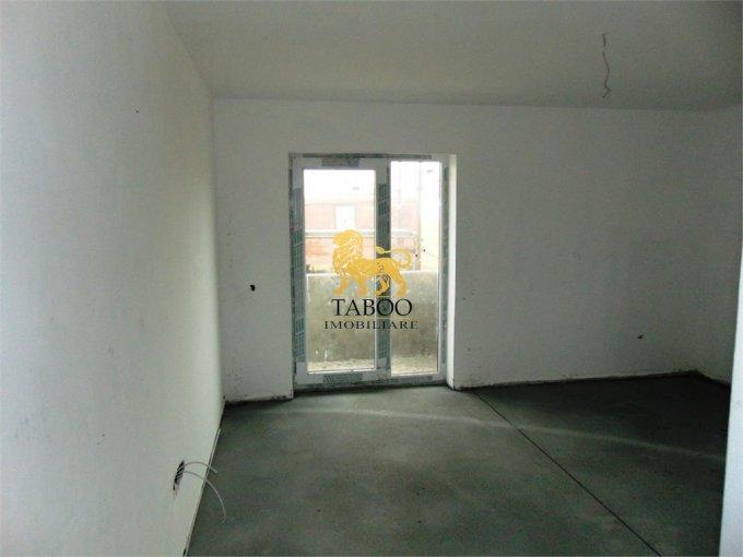 Apartament vanzare Sibiu 3 camere, suprafata utila 75 mp, 2 grupuri sanitare. 46.000 euro. La Parter / 2. Apartament Calea Cisnadiei Sibiu