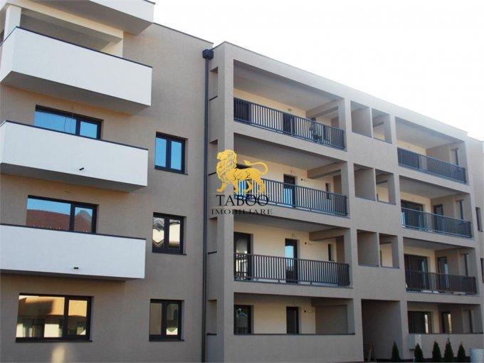 Apartament vanzare Sibiu 3 camere, suprafata utila 82 mp, 2 grupuri sanitare. 58.000 euro. Etajul 1 / 3. Apartament Calea Cisnadiei Sibiu